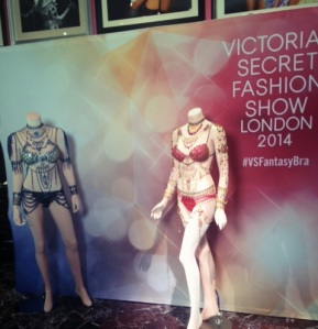 Victoria's Secret unveils two Fantasy Bras for the first time ever. Each $2 million ensemble is hand-made by master jeweler Pascal Mouawad